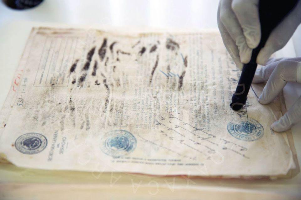 Del odio al amor: El reto de la conservación y restauración del patrimonio documental.