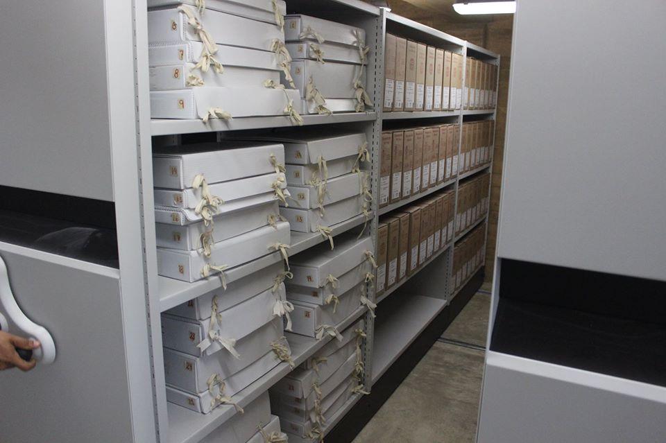 La Conservación de los archivos históricos.