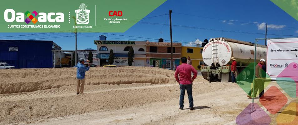 INICIAN TRABAJOS DE CONSERVACIÓN CARRETERA TLAXIACO-CHALCATONGO.