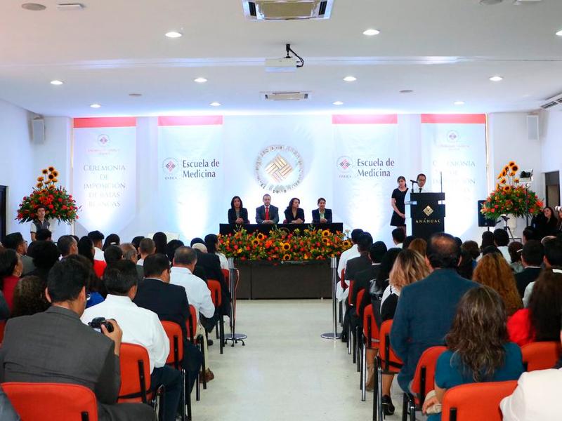 Ceremonia de Imposición de Batas Blancas 2019 de la Escuela de Medicina de la ANAHUAC