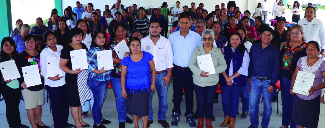 En Matatlán Icapet impulsa la capacitación y certificación de competencias laborales