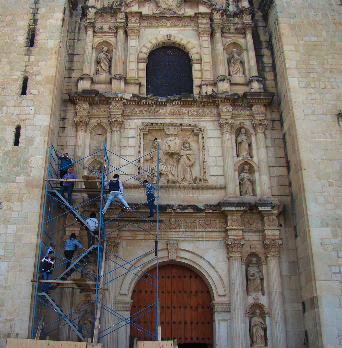 Inicia INPAC elaboración de proyecto de restauración de la fachada del Templo de Santo Domingo