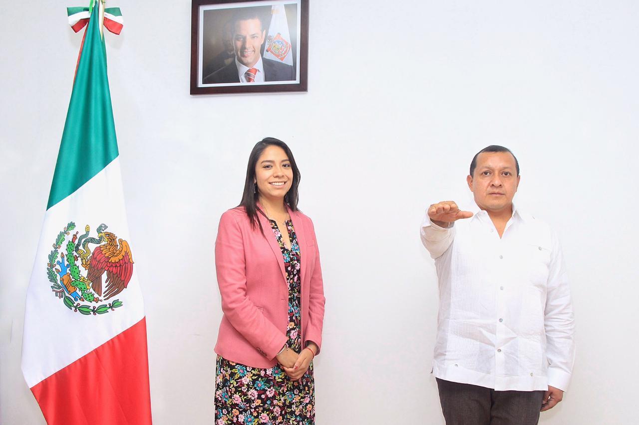 """Toma protesta Jadiel López Coheto como Director del programa de Dotación de Útiles y  Uniformes Escolares """"Vamos juntos a la escuela"""""""