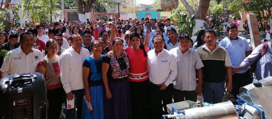 """""""Programa de entrega de beneficios en la Heroica Ciudad de Juchitán de Zaragoza""""."""
