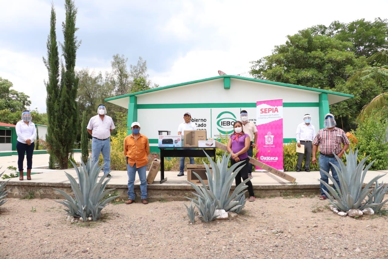 Establece SEPIA programas a favor de los pueblos indígenas y afromexicano de Oaxaca
